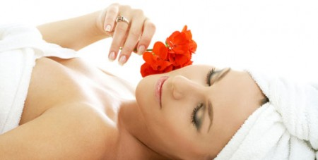 Mini facial by Pevonia